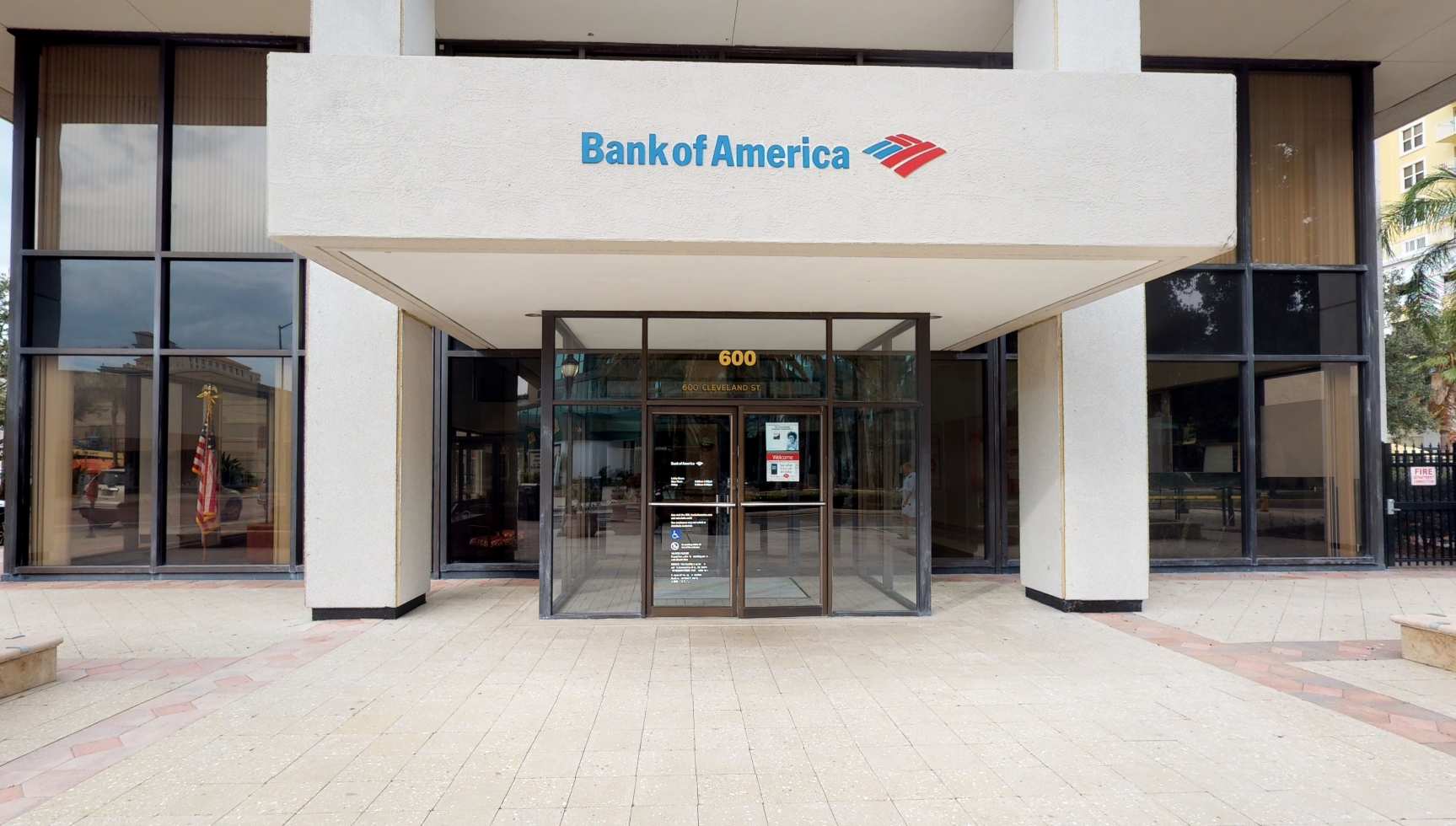 Bank of America financial center with walk-up ATM   600 Cleveland St, Clearwater, FL 33755