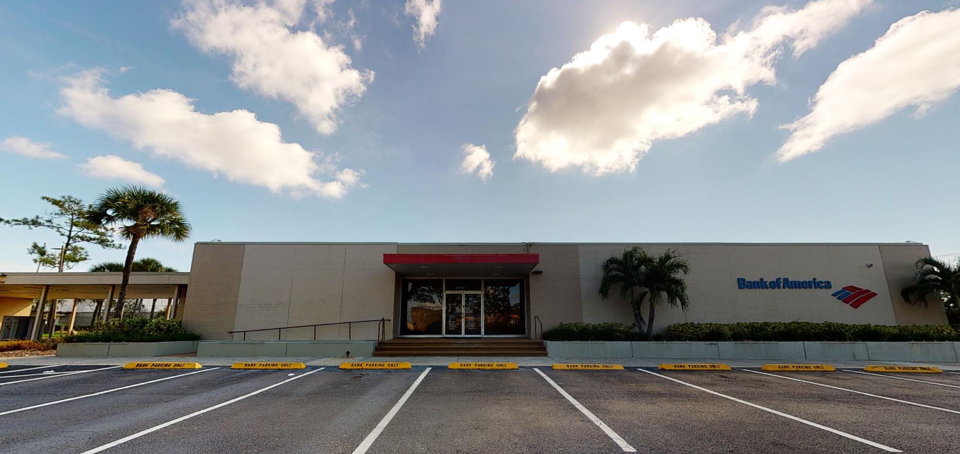 Bank of America financial center with drive-thru ATM | 3173 E Colonial Dr, Orlando, FL 32803