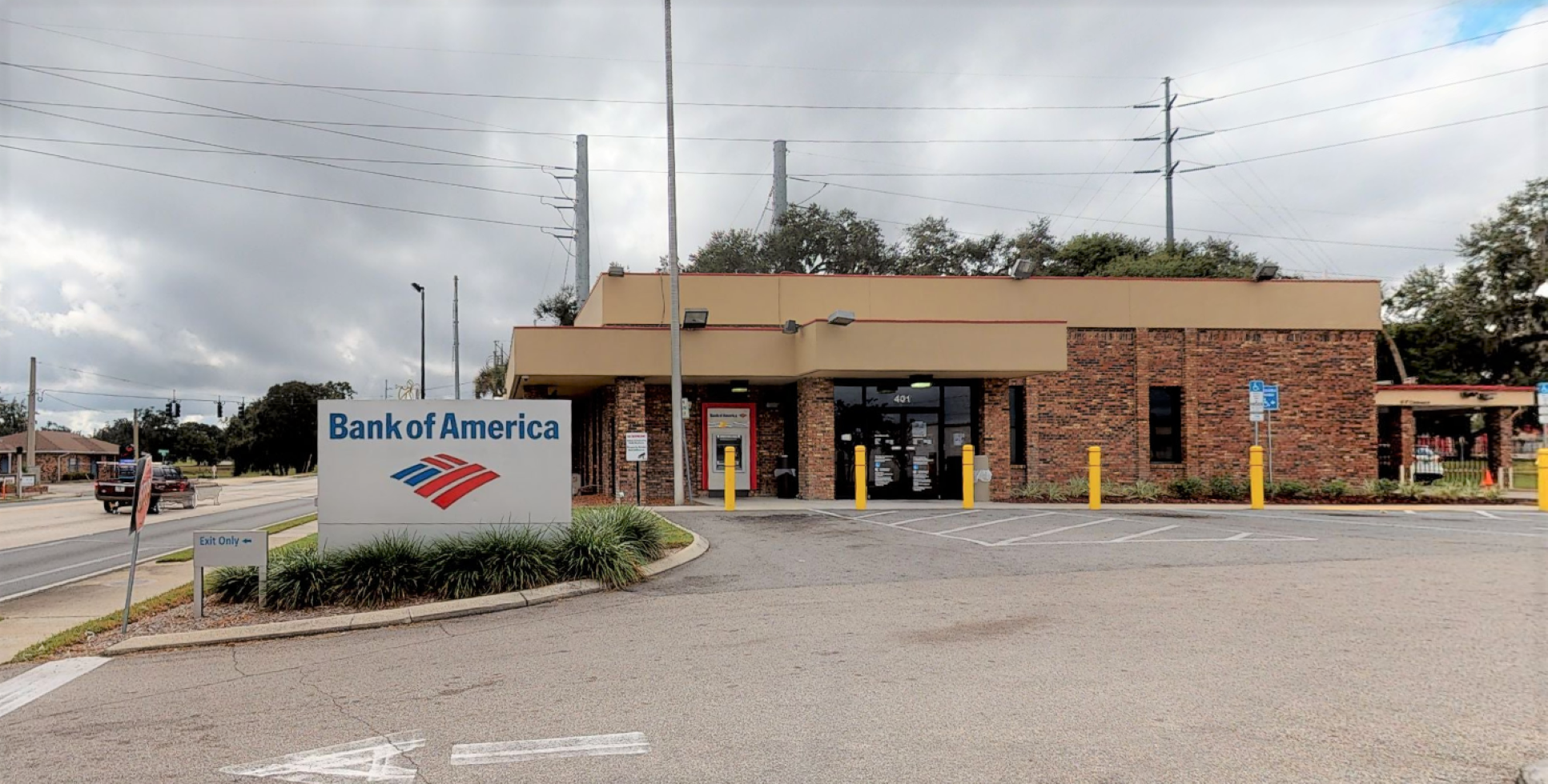 Bank of America financial center with drive-thru ATM | 401 N 14th St, Leesburg, FL 34748