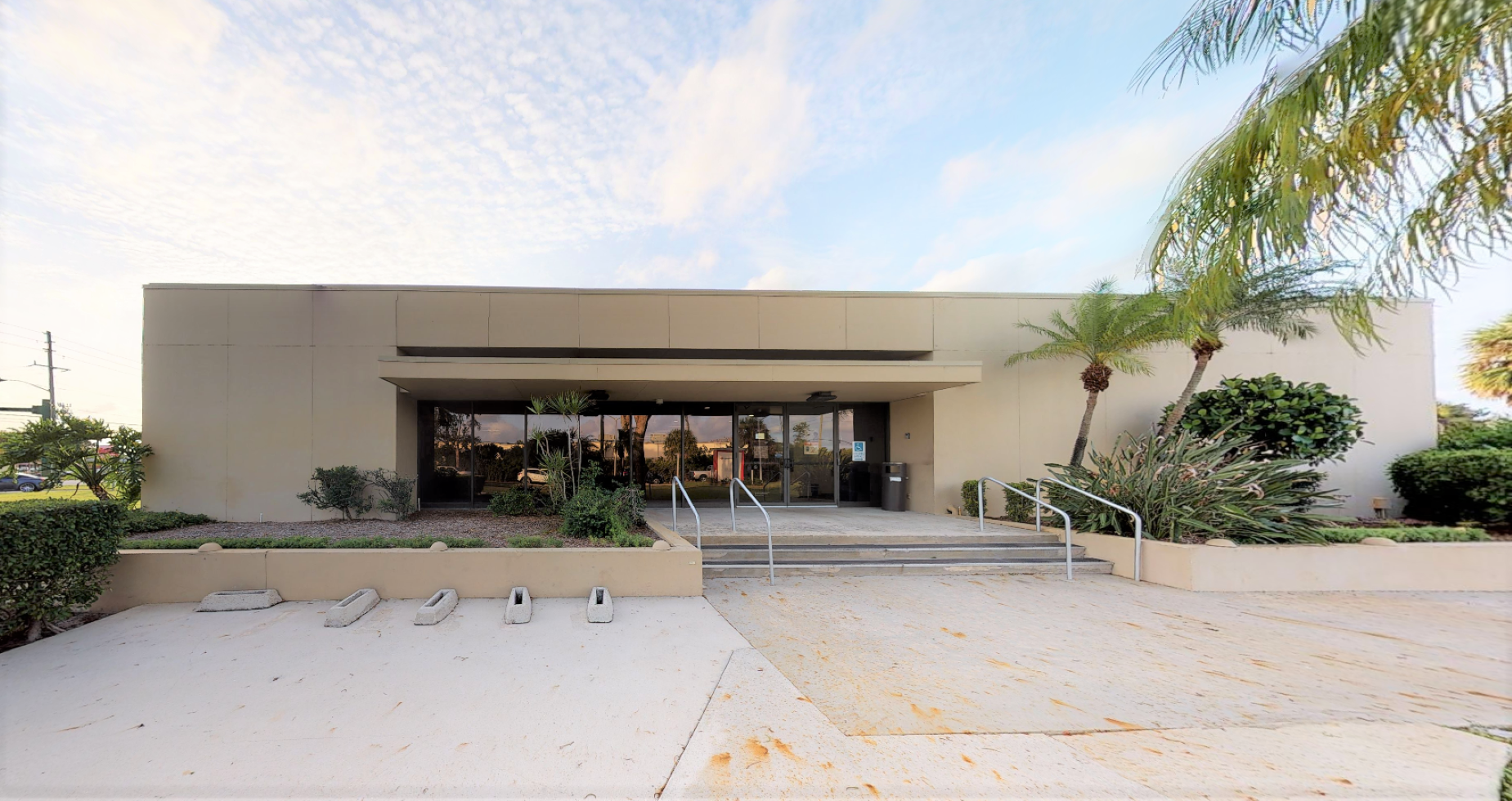 Bank of America financial center with drive-thru ATM | 7281 Lake Worth Rd, Lake Worth, FL 33467