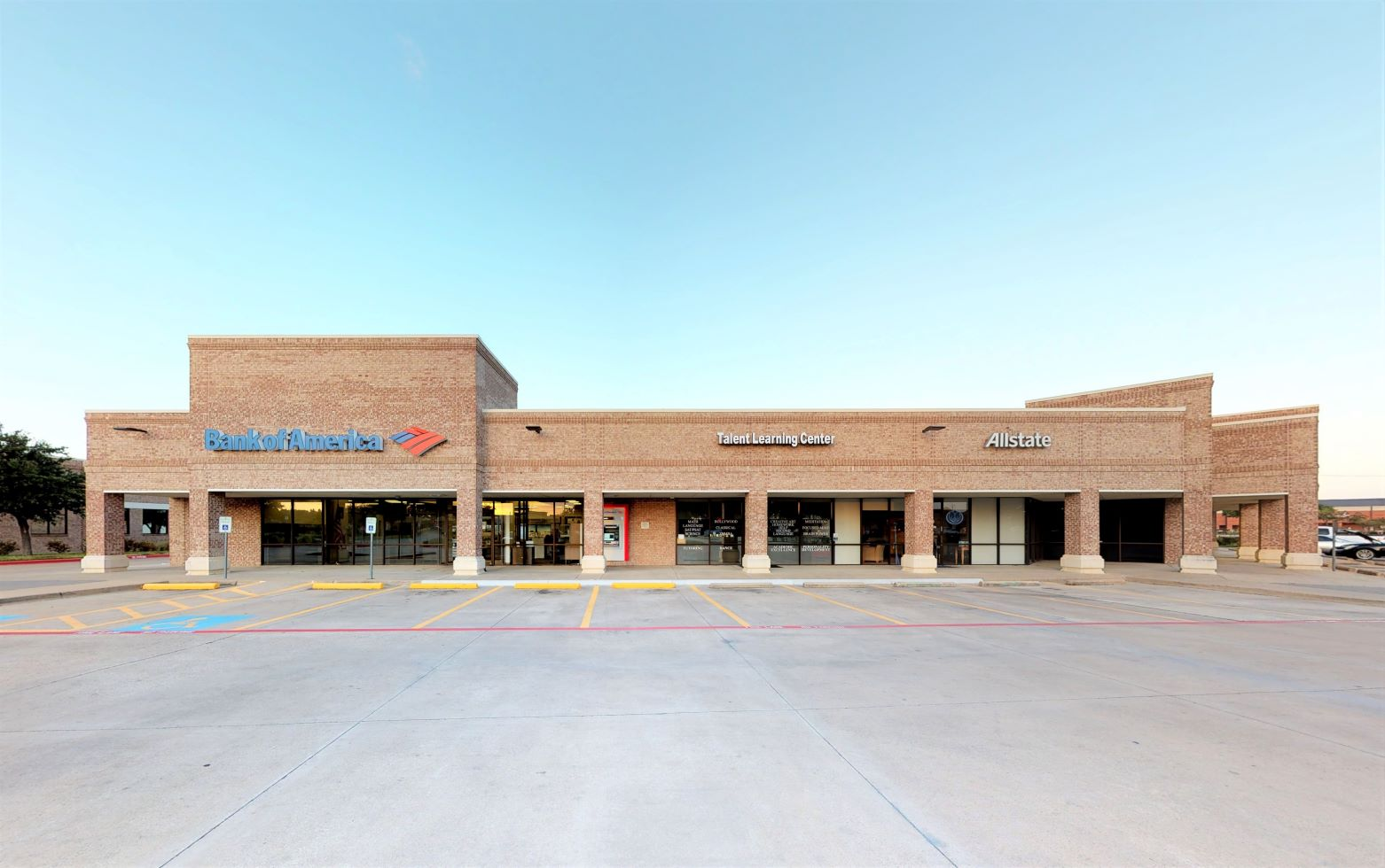 Bank of America financial center with drive-thru ATM | 780 S MacArthur Blvd, Coppell, TX 75019