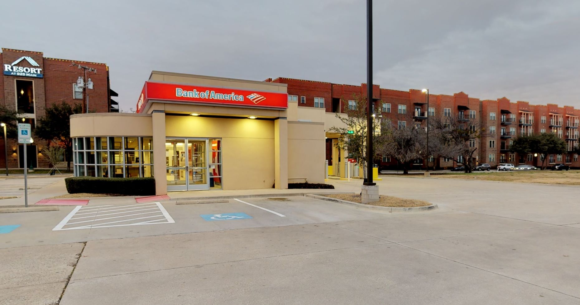 Bank of America financial center with drive-thru ATM   1001 S Main St, Grapevine, TX 76051