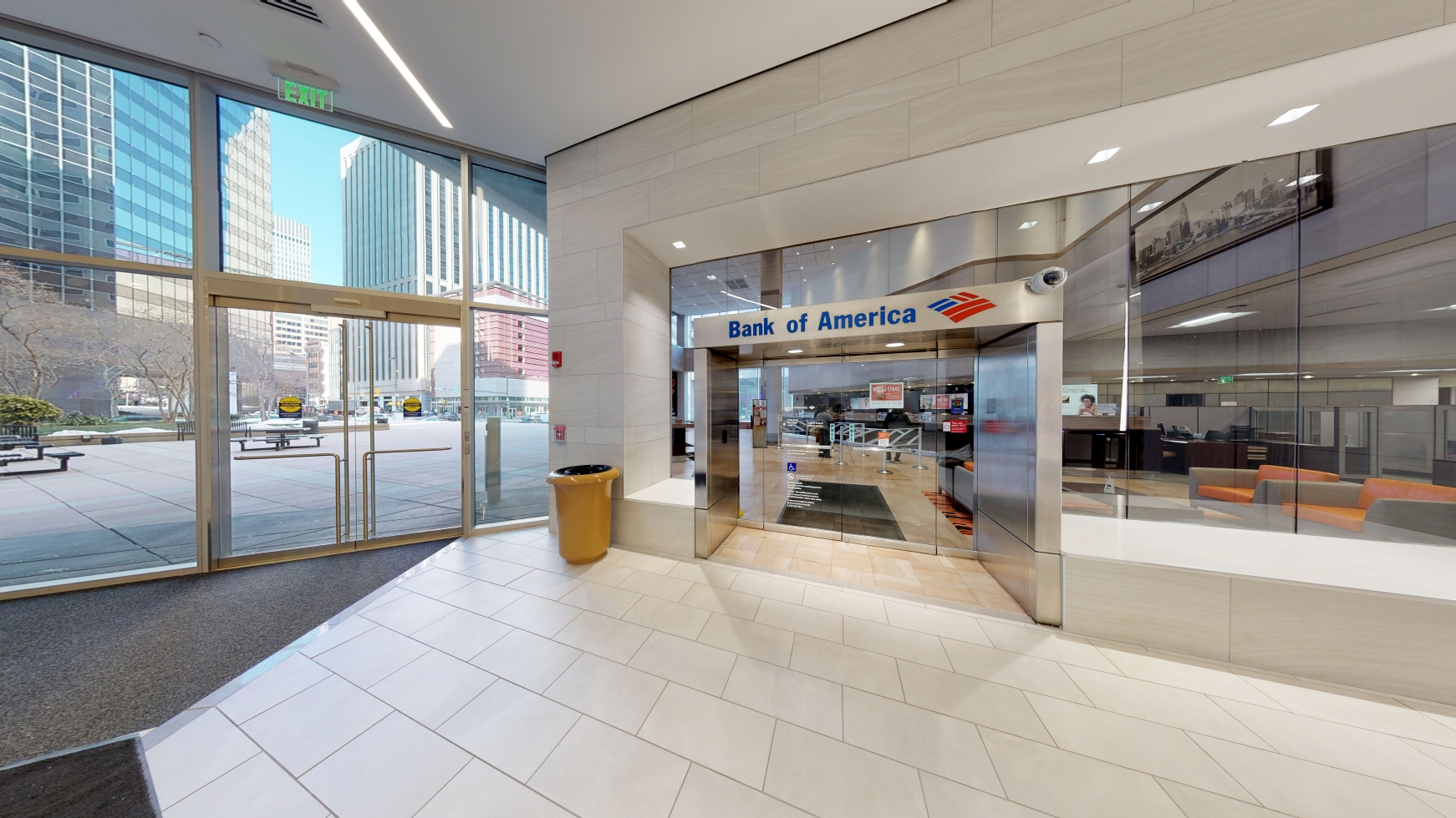 Bank of America financial center with walk-up ATM | 100 S Charles St, Baltimore, MD 21201