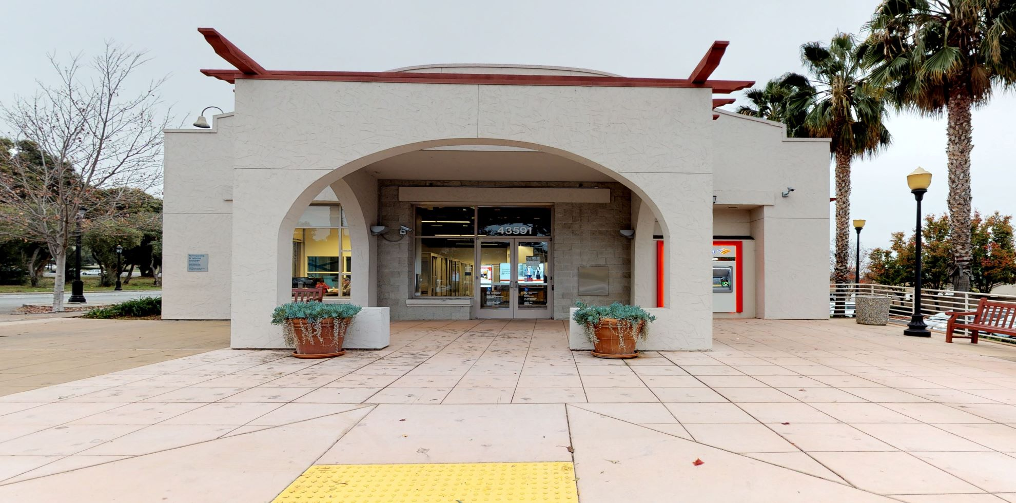 Bank of America financial center with walk-up ATM | 43591 Mission Blvd, Fremont, CA 94539