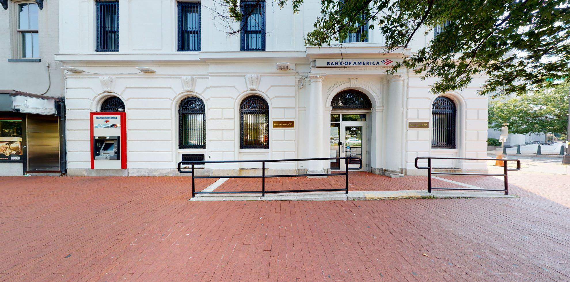 Bank of America financial center with walk-up ATM   201 Pennsylvania Ave SE, Washington, DC 20003
