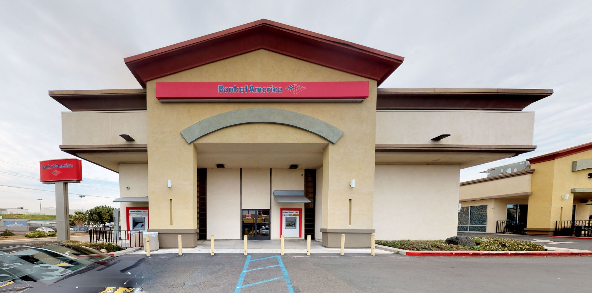 Bank of America financial center with walk-up ATM   645 Beyer Way, San Diego, CA 92154