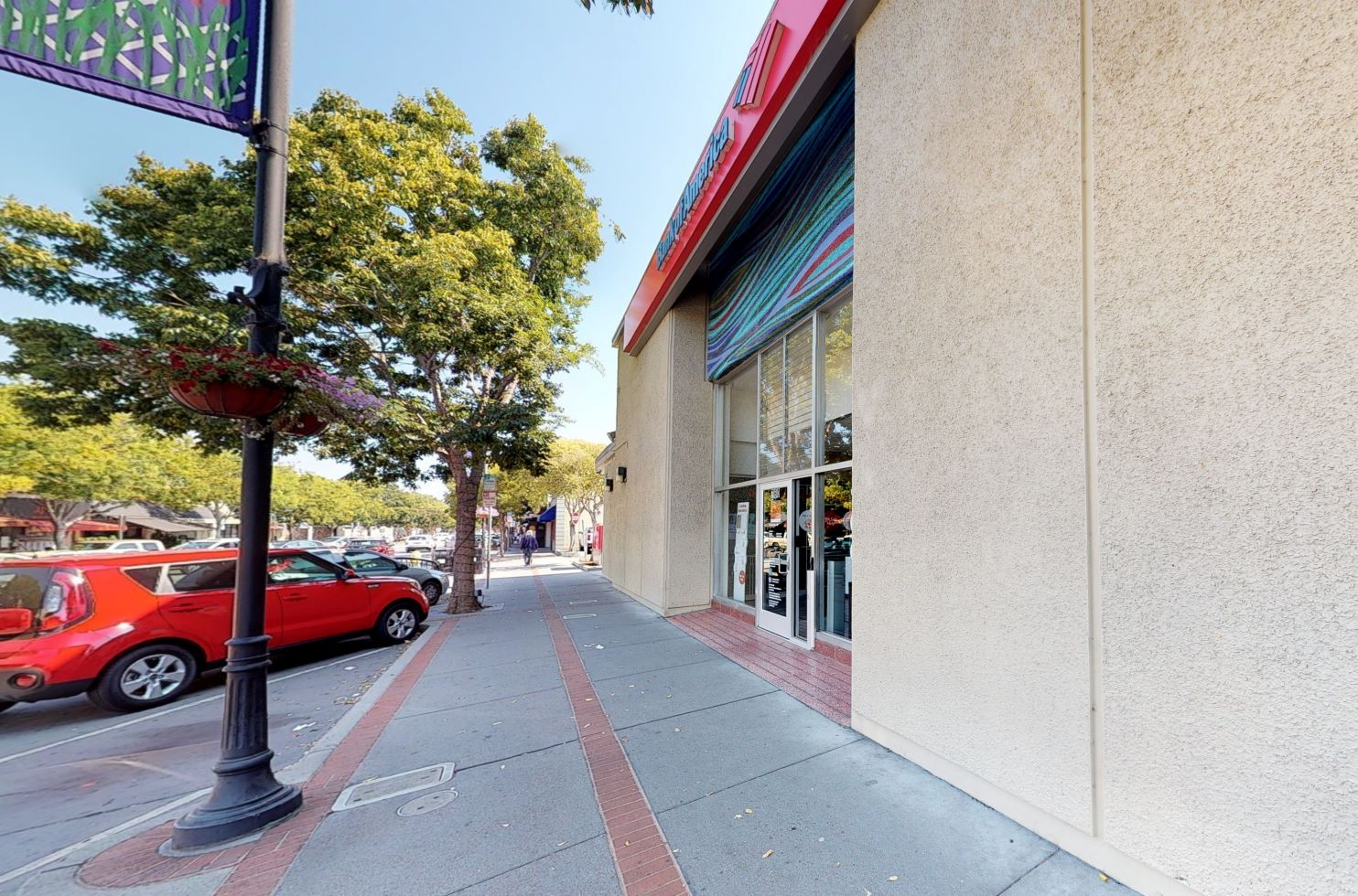 Bank of America financial center with walk-up ATM | 760 Laurel St, San Carlos, CA 94070