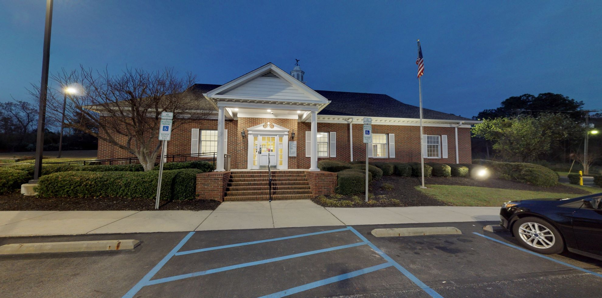 Bank of America financial center with drive-thru ATM and teller | 441 W Martintown Rd, North Augusta, SC 29841