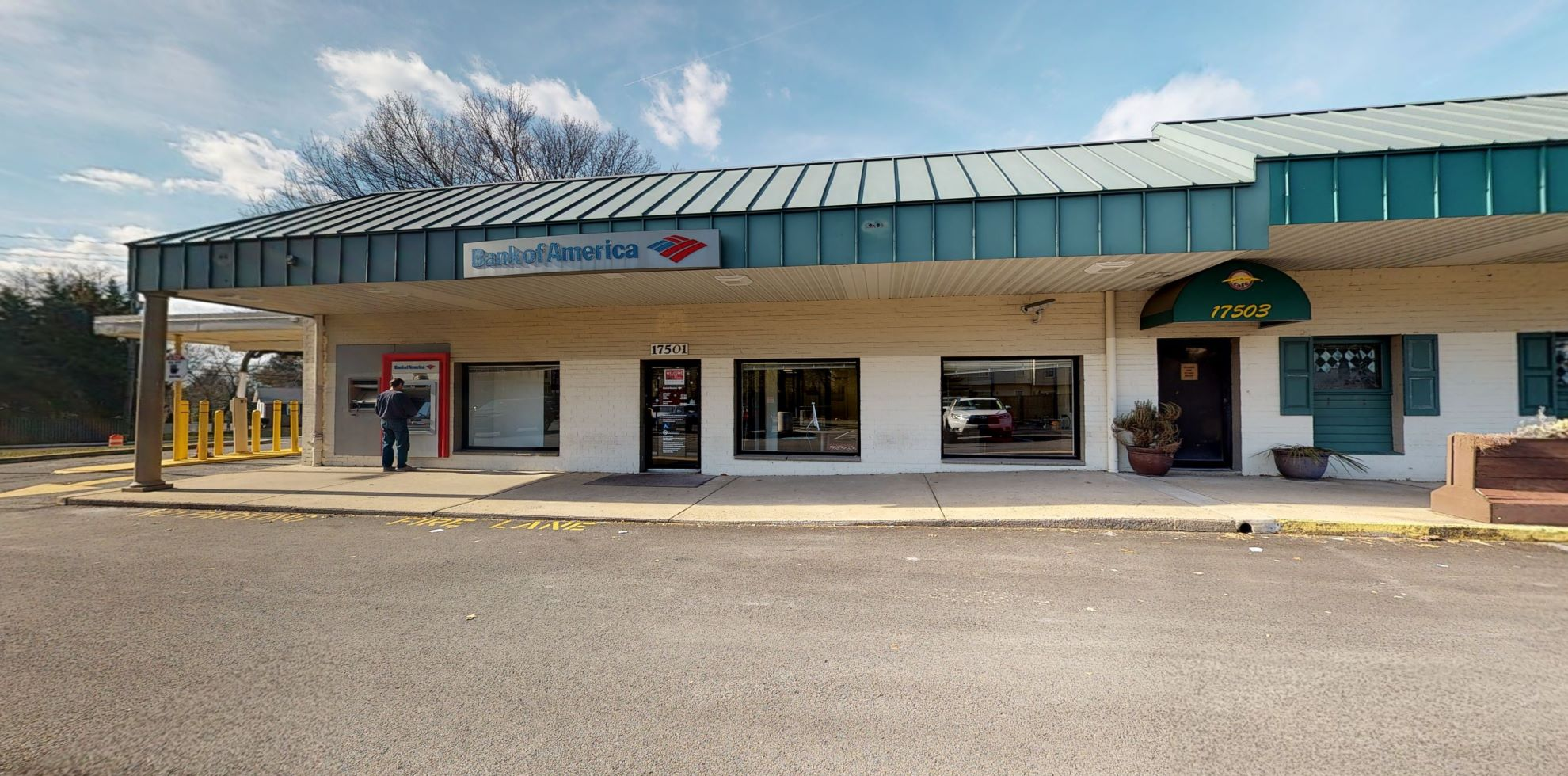 Bank of America financial center with walk-up ATM   17501 Redland Rd, Derwood, MD 20855