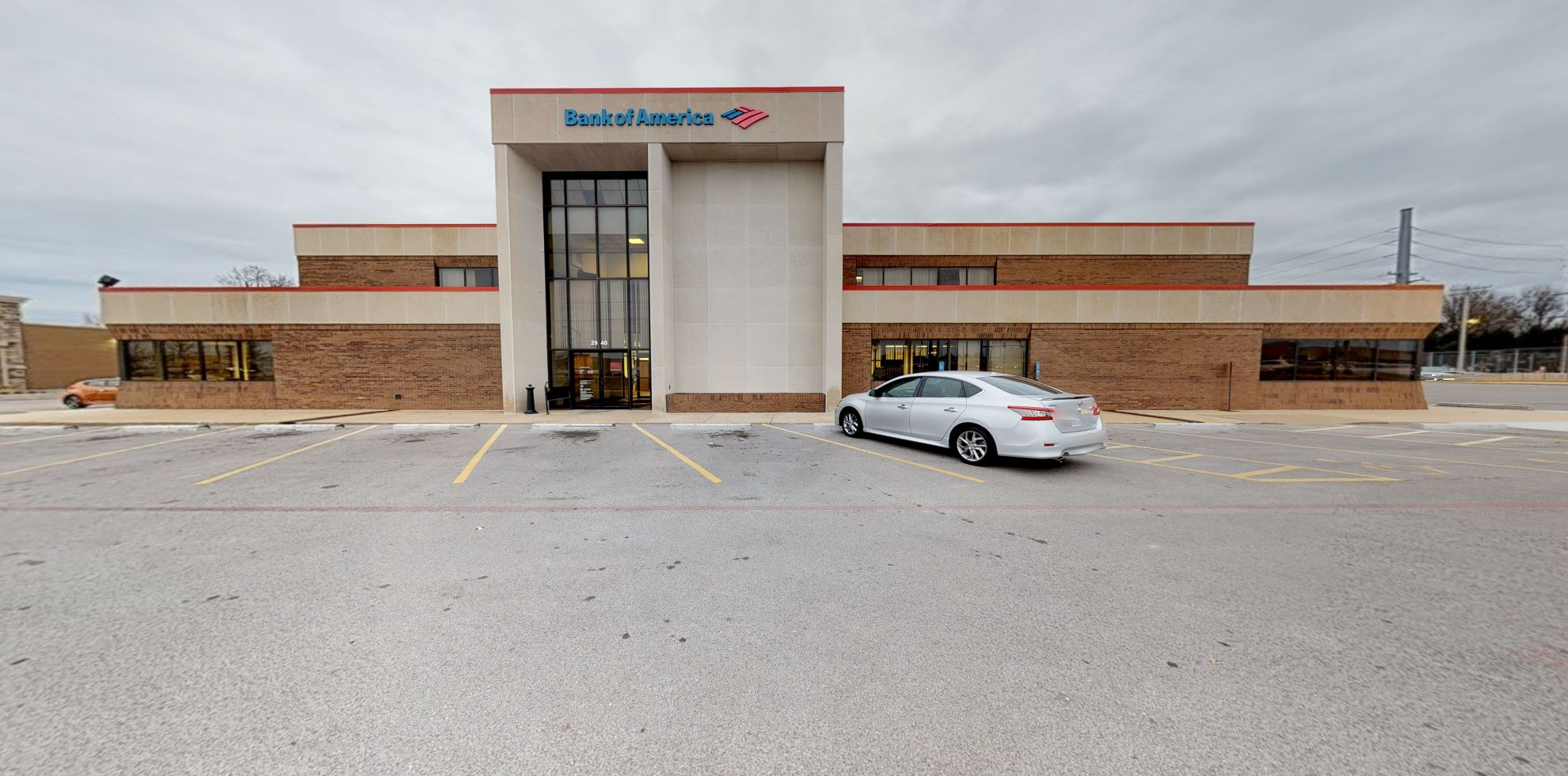 Bank of America financial center with drive-thru ATM and teller | 2940 S Glenstone Ave, Springfield, MO 65804