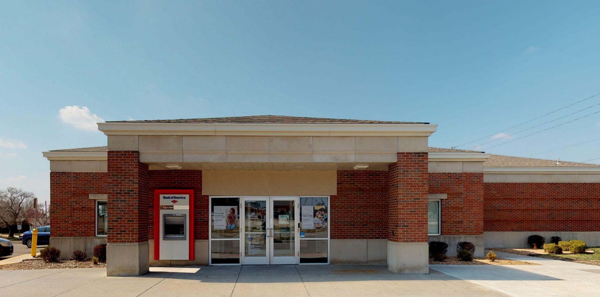 Bank of America financial center with drive-thru ATM   2151 N Hillside St, Wichita, KS 67214