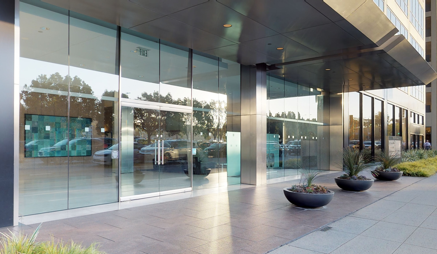 Bank of America financial center with walk-up ATM | 10960 Wilshire Blvd, Los Angeles, CA 90024