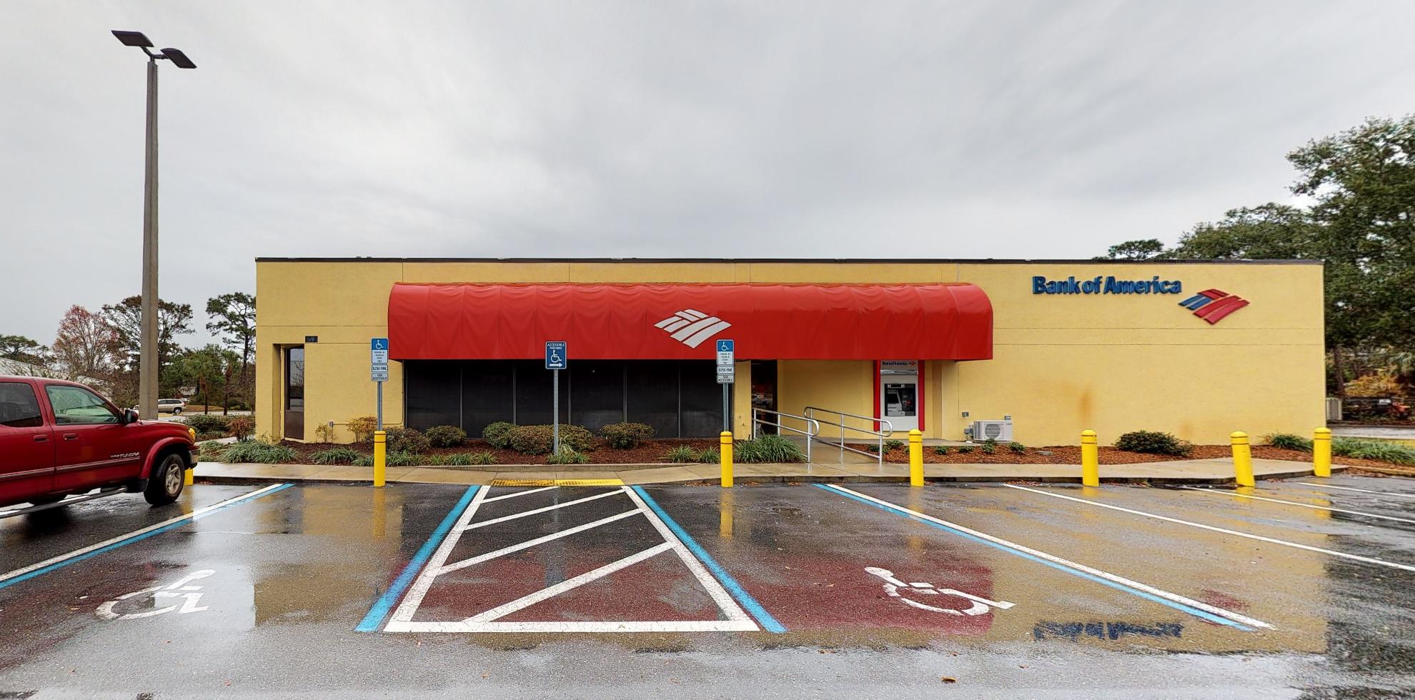 Bank of America financial center with drive-thru ATM | 4395 S Suncoast Blvd, Homosassa, FL 34446