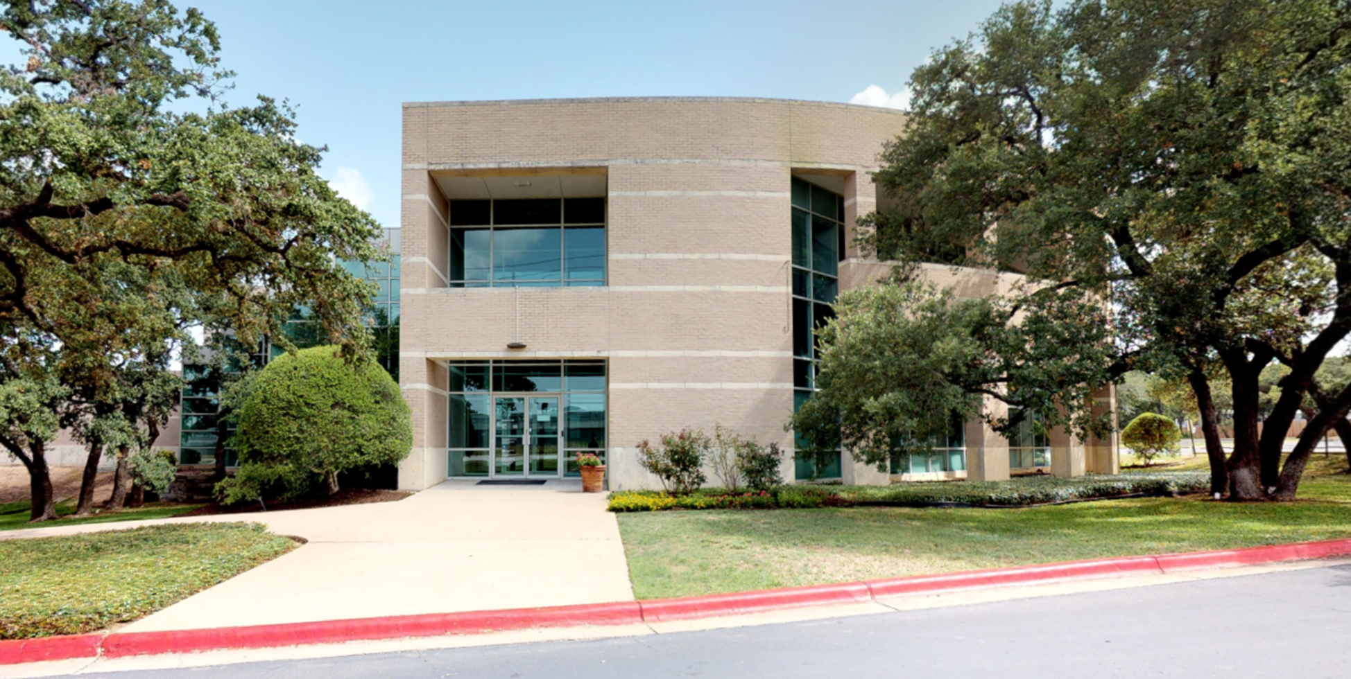 Bank of America financial center with drive-thru ATM | 5725 Highway 290 W, Austin, TX 78735