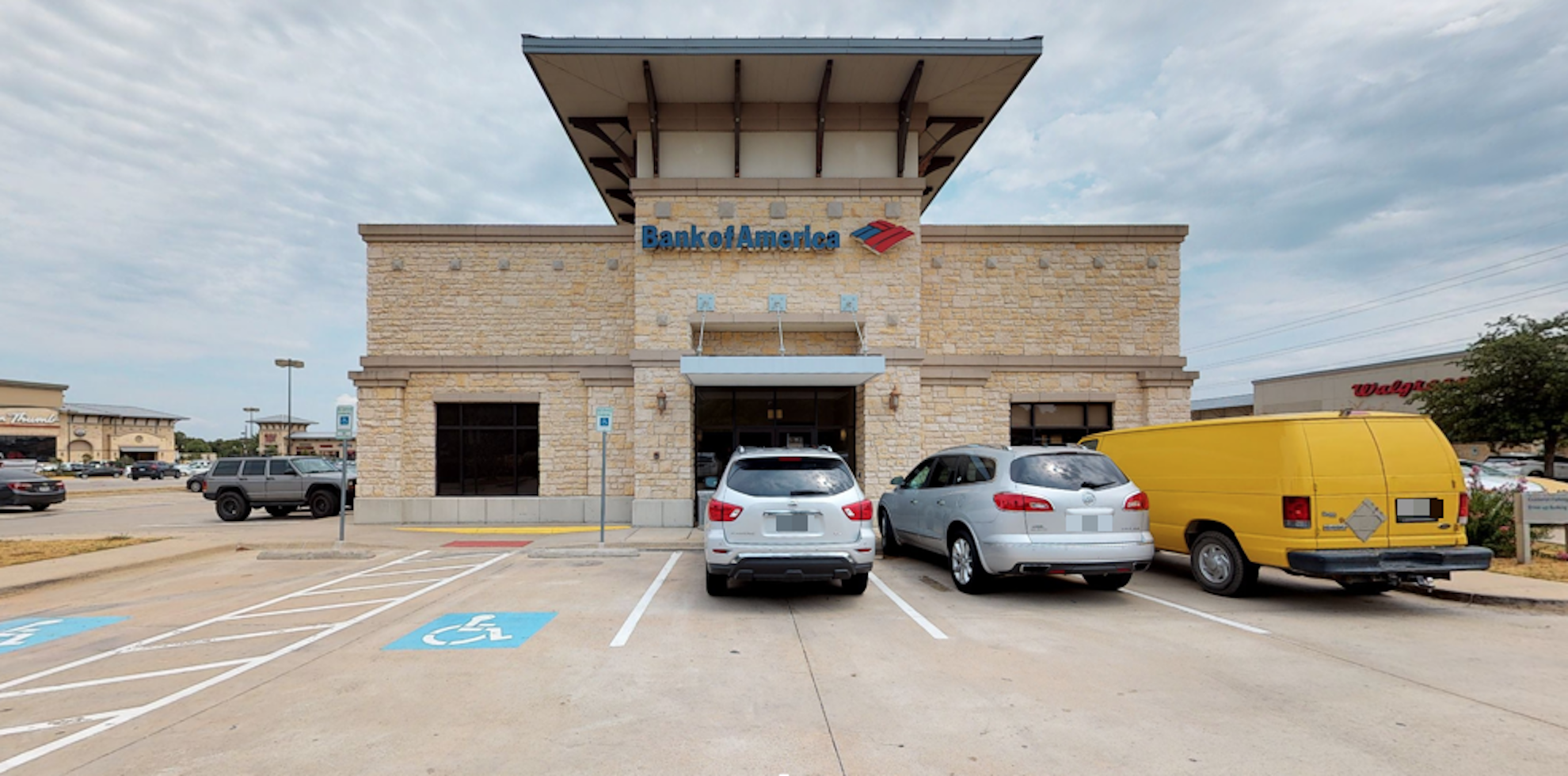 Bank of America financial center with drive-thru ATM | 353 Trophy Lake Dr, Trophy Club, TX 76262