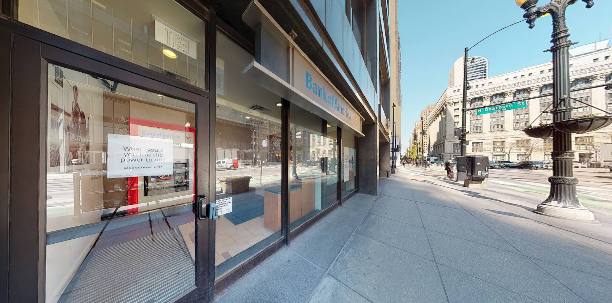 Bank of America financial center with walk-up ATM | 33 N Dearborn St, Chicago, IL 60602