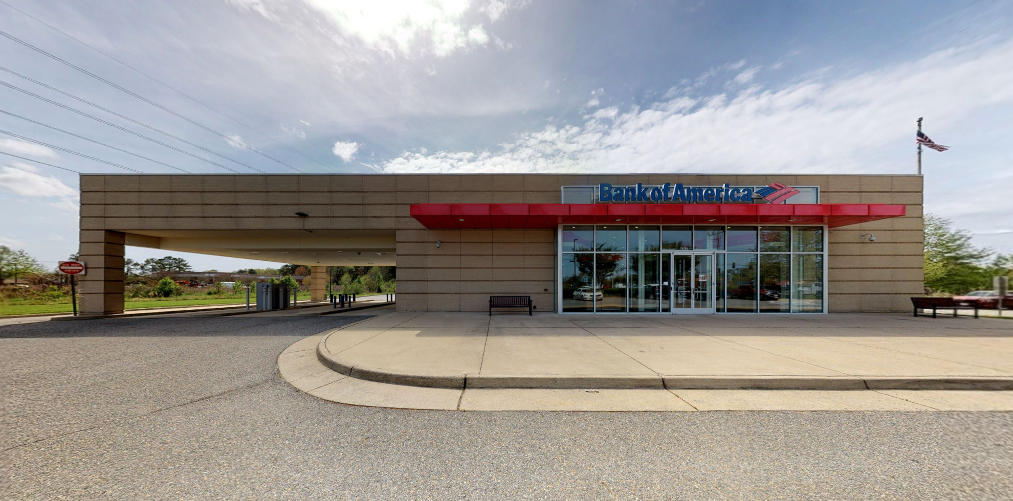 Bank of America financial center with drive-thru ATM   6207 College Dr, Suffolk, VA 23435