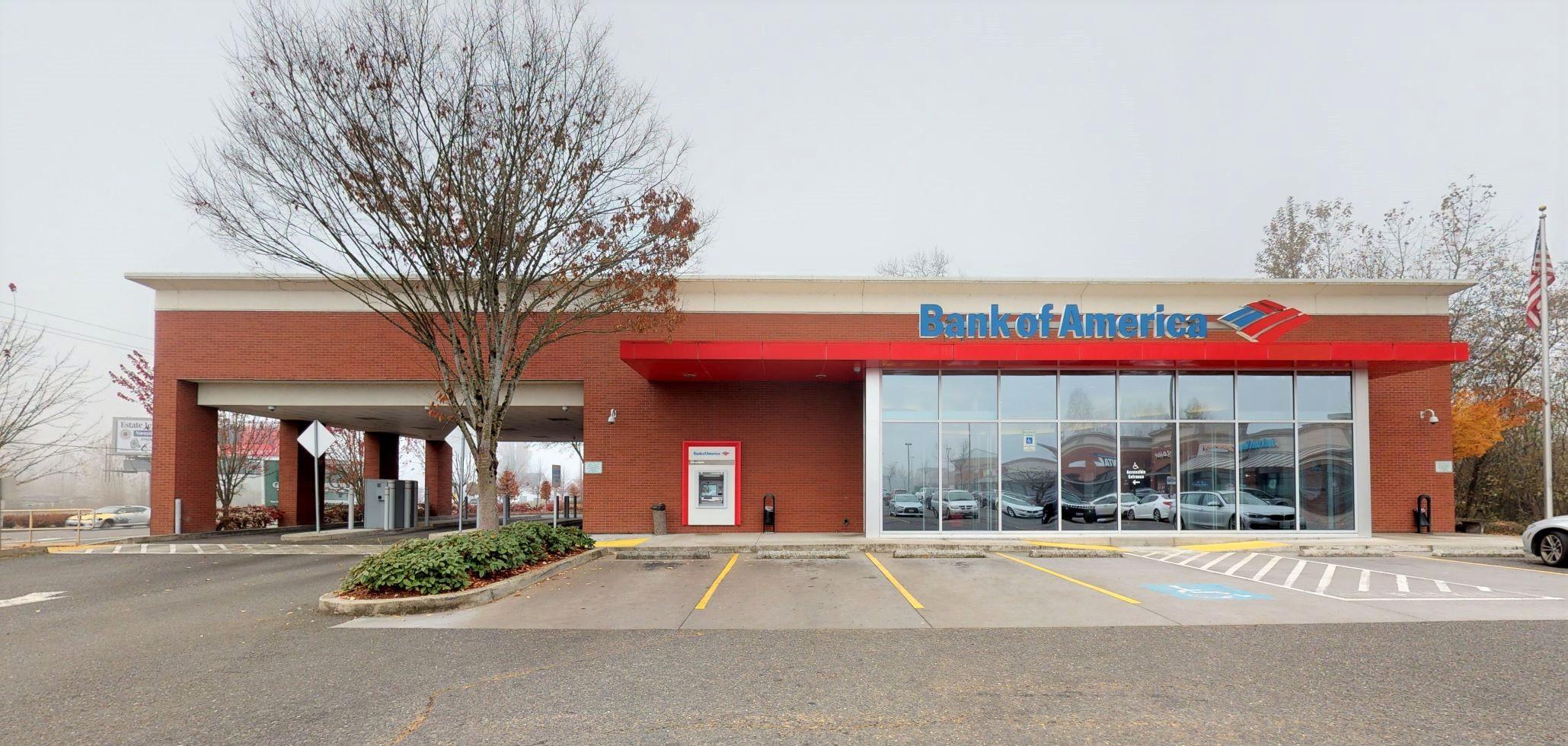 Bank of America financial center with drive-thru ATM | 2500 W Main St, Battle Ground, WA 98604