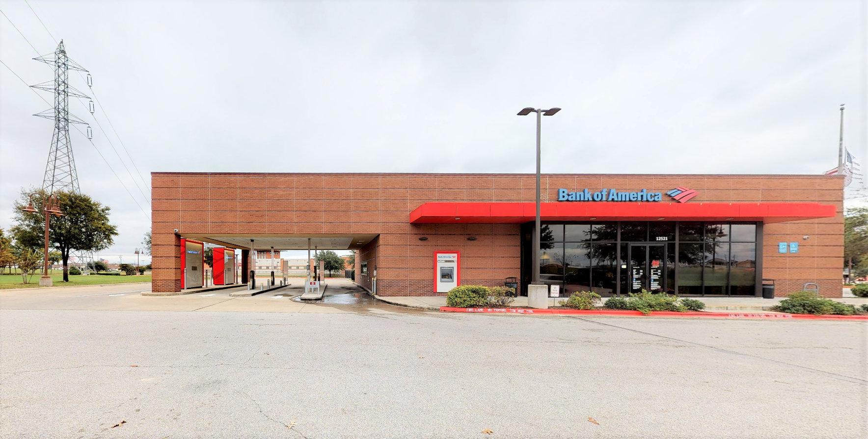 Bank of America financial center with drive-thru ATM and teller | 12521 N Interstate 35, Austin, TX 78753
