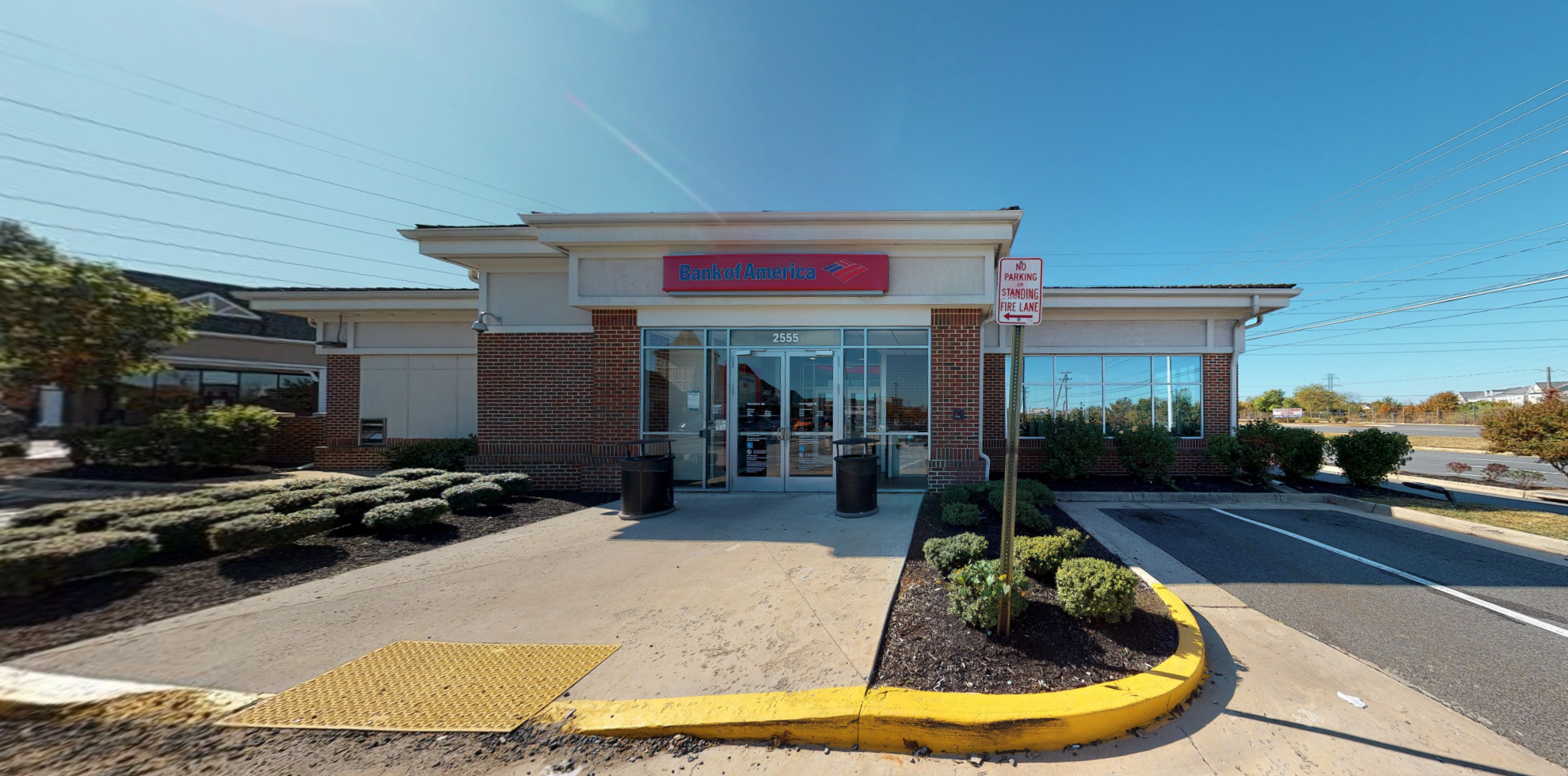 Bank of America financial center with drive-thru ATM   2555 Centreville Rd, Herndon, VA 20171