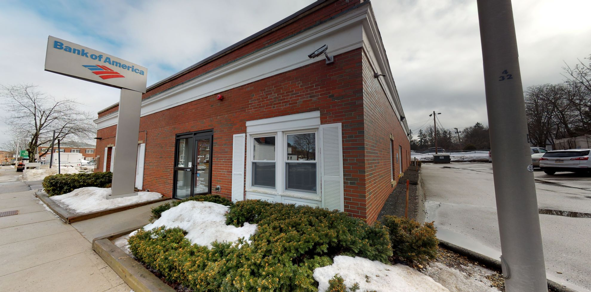 Bank of America financial center with drive-thru ATM | 180 Washington St, Dover, NH 03820