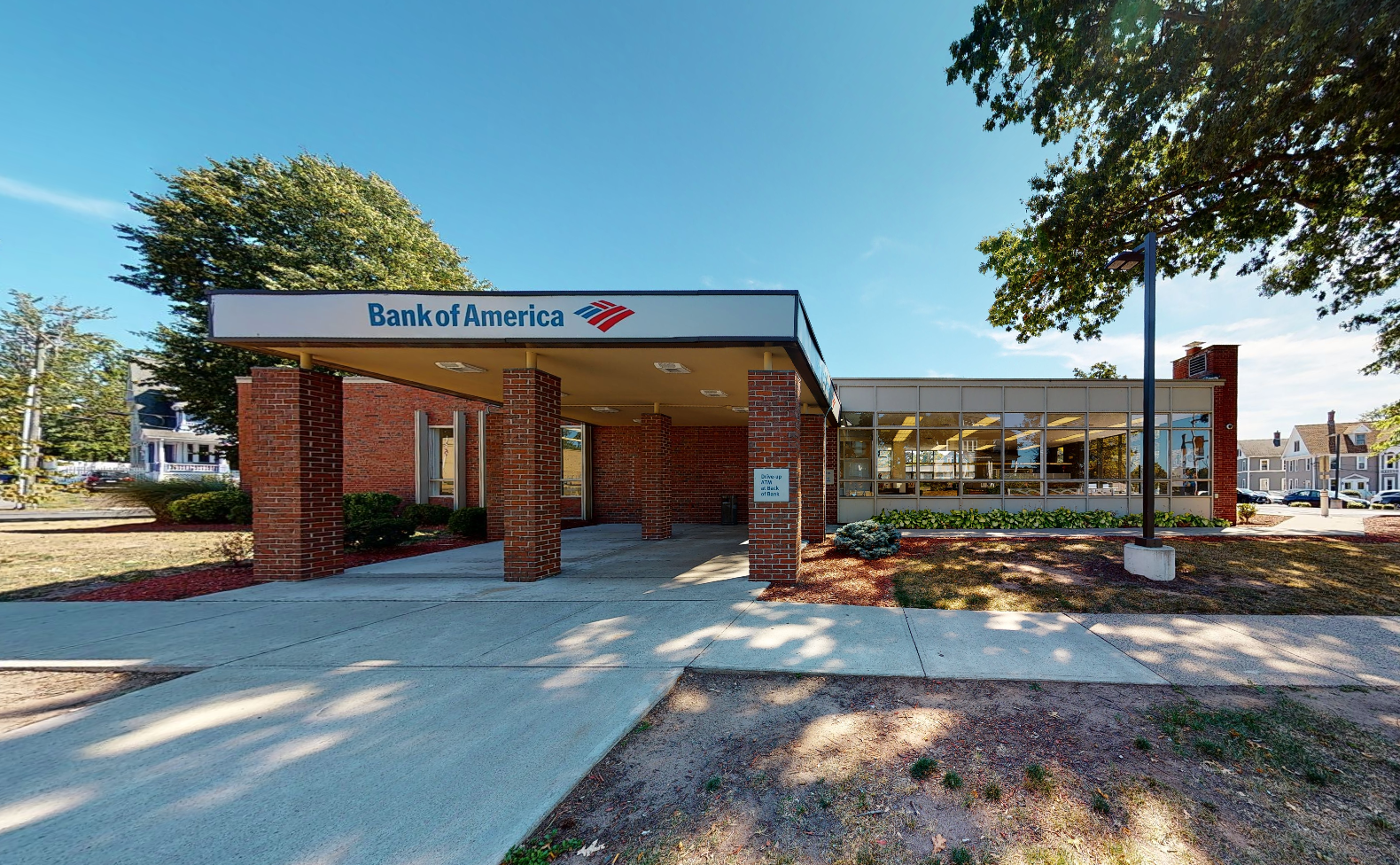 Bank of America financial center with drive-thru ATM and teller | 330 W Main St, New Britain, CT 06052