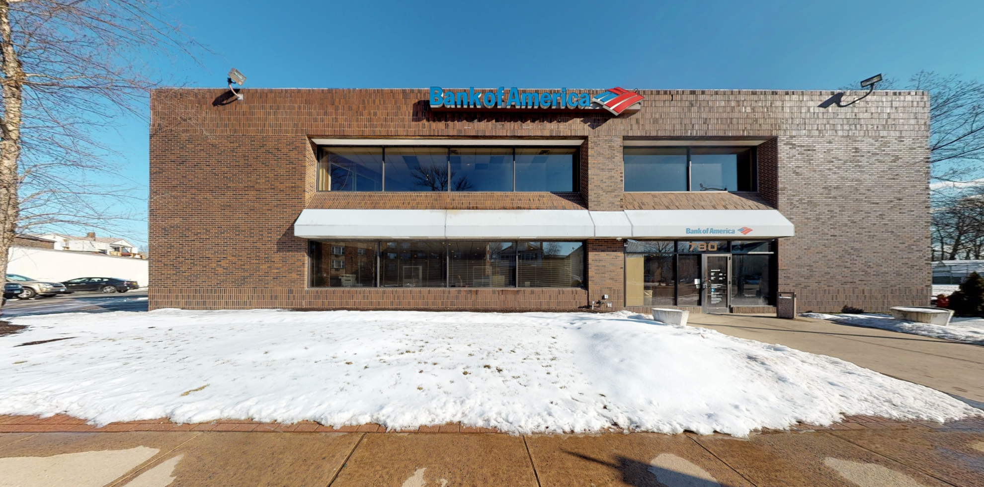 Bank of America financial center with drive-thru ATM   790 Maple Ave, Hartford, CT 06114