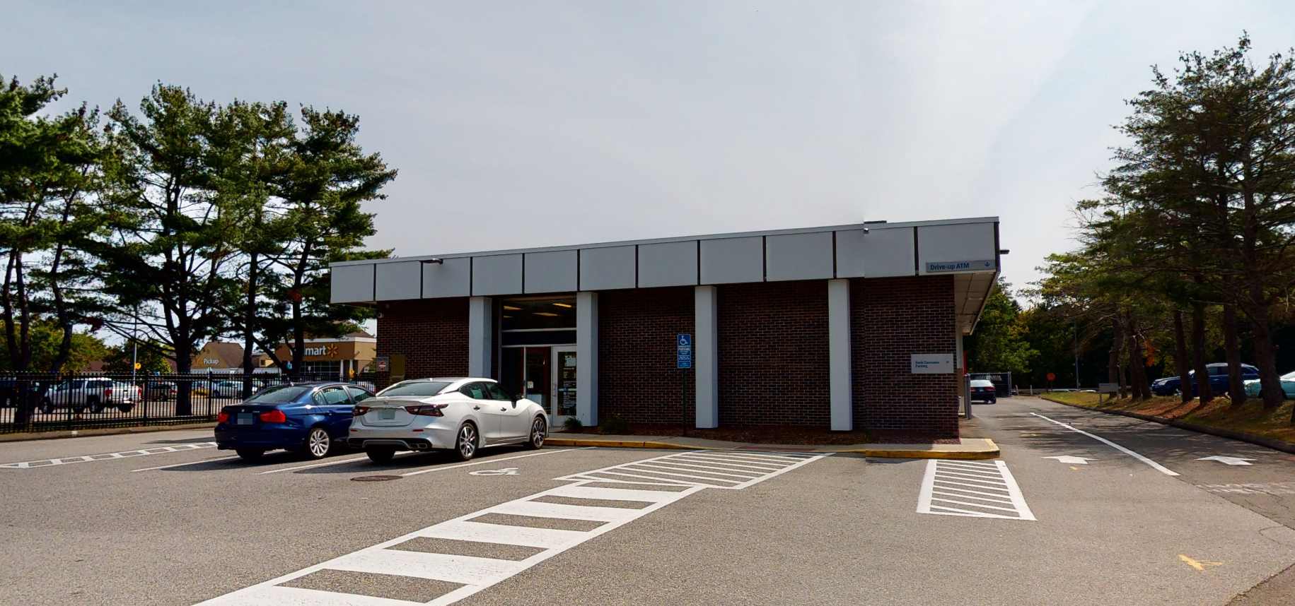 Bank of America financial center with drive-thru ATM | 916 Boston Post Rd, Guilford, CT 06437