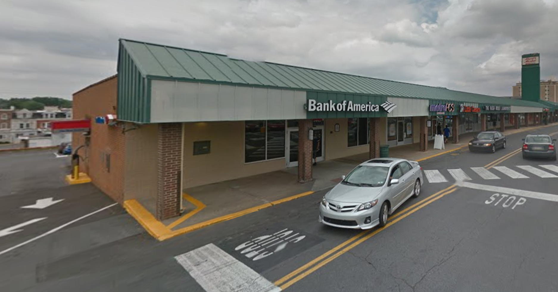 Bank of America financial center with walk-up ATM | 1443 W Allen St, Allentown, PA 18102