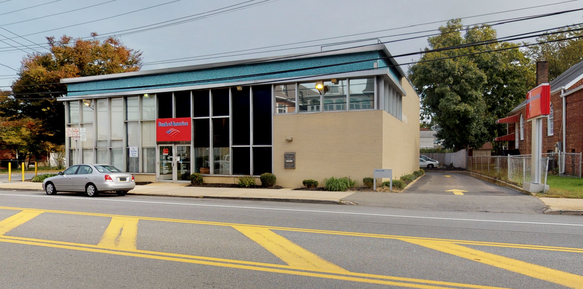 Bank of America financial center with drive-thru ATM | 157 South St, Oyster Bay, NY 11771