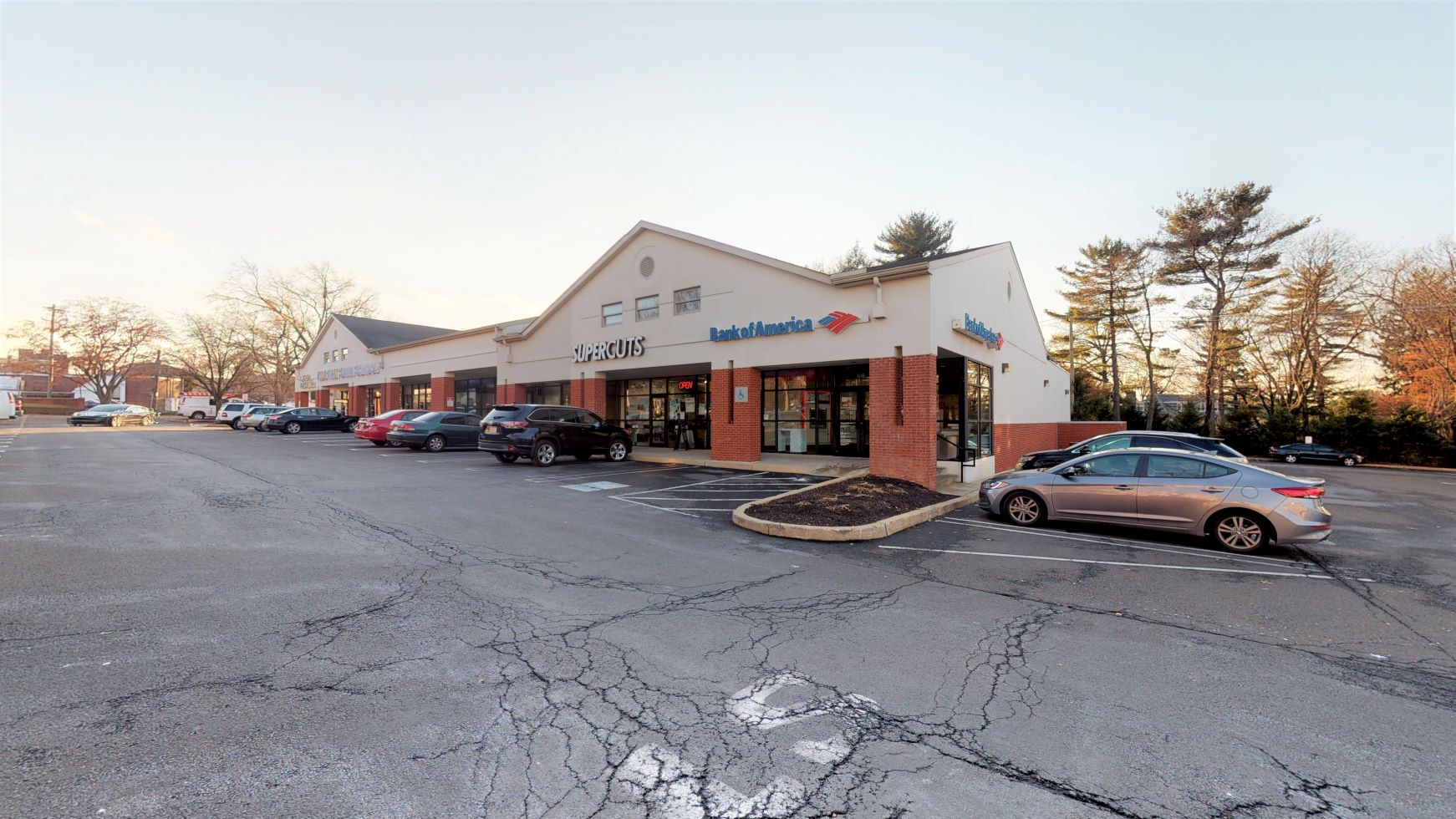 Bank of America financial center with walk-up ATM   616 Old York Rd, Jenkintown, PA 19046