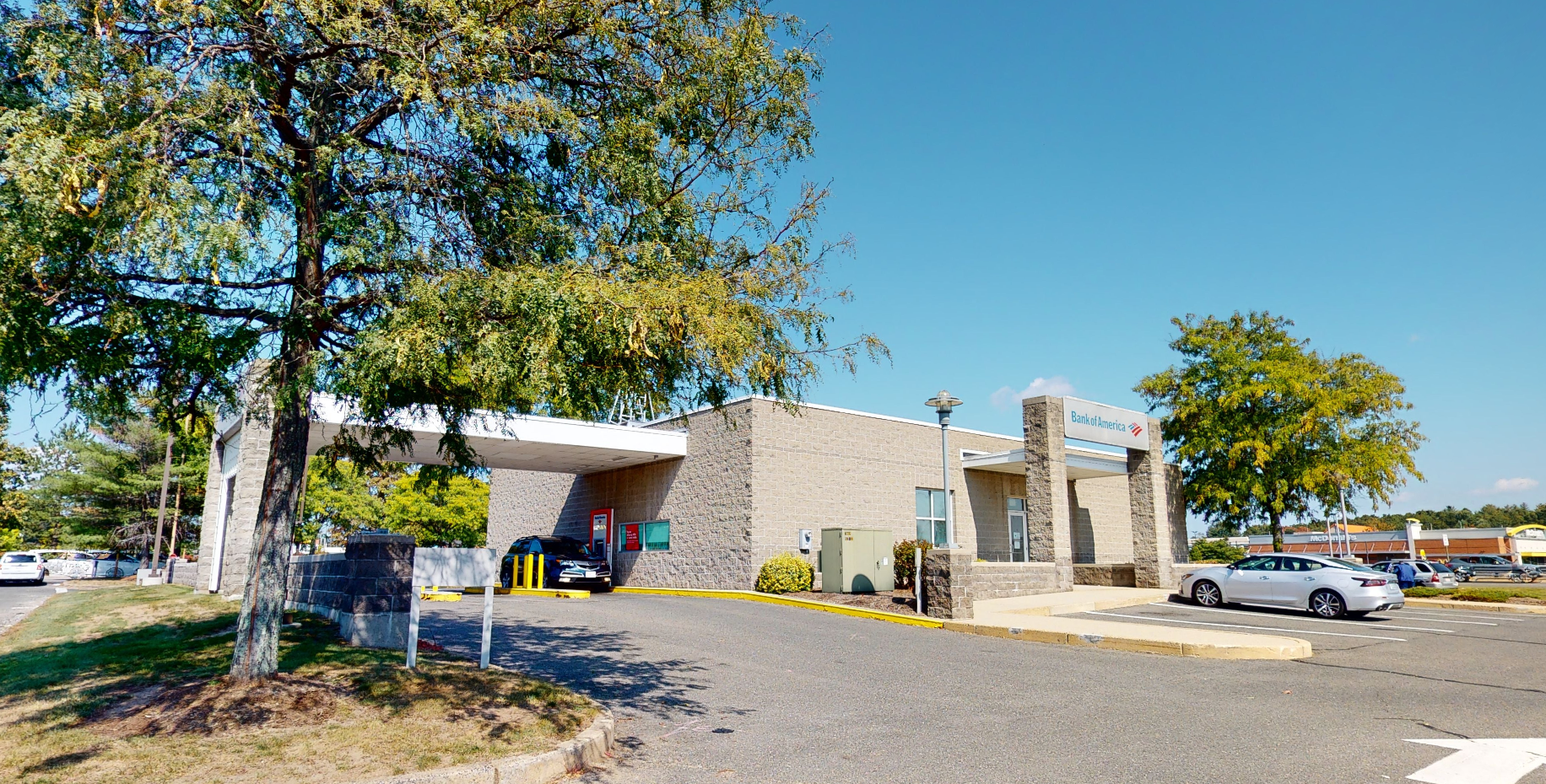 Bank of America financial center with drive-thru ATM   638 Memorial Dr, Chicopee, MA 01020