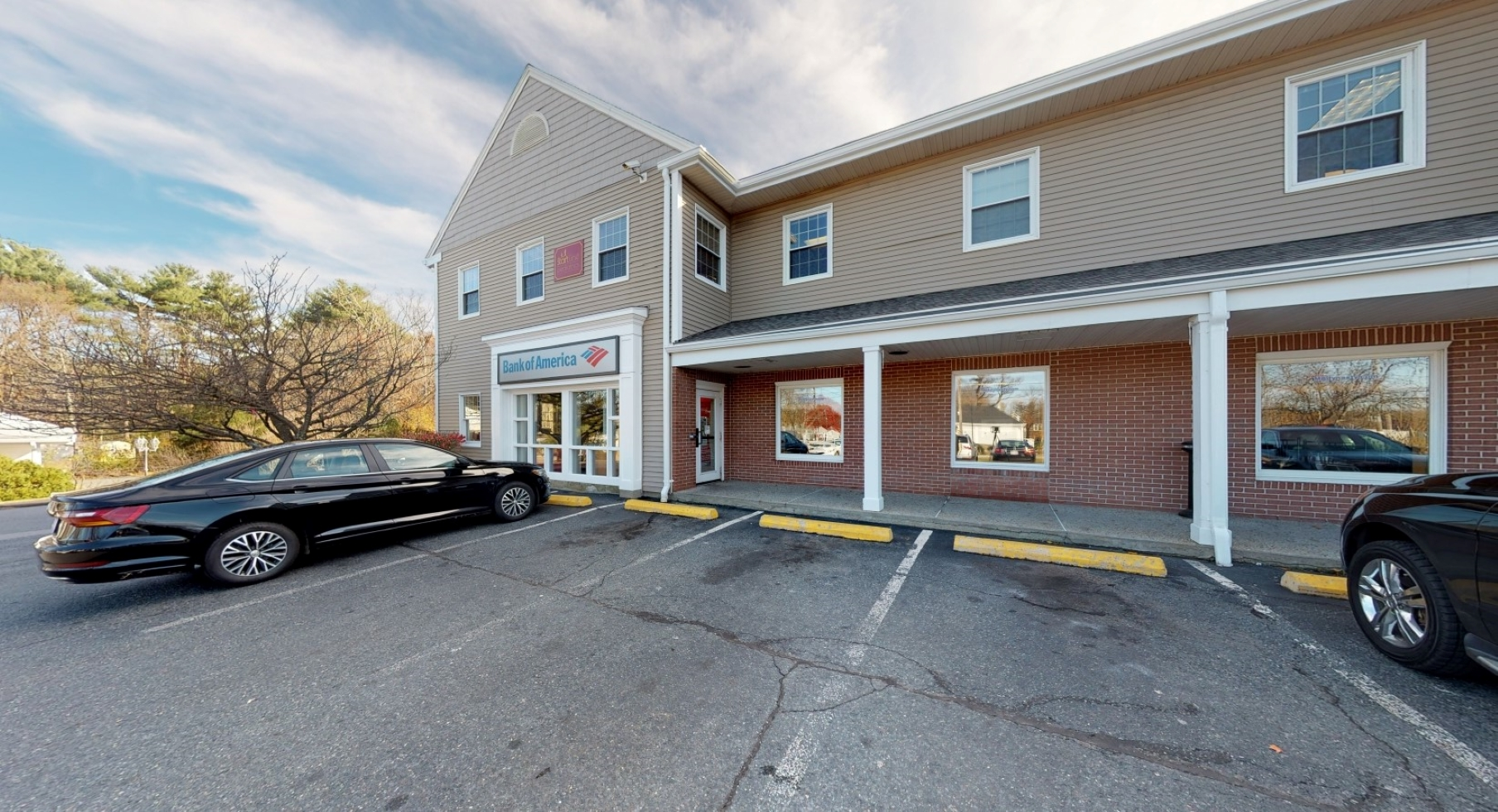 Bank of America financial center with walk-up ATM   77 W Main St, Hopkinton, MA 01748