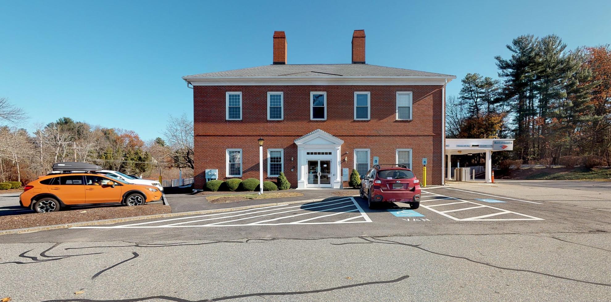Bank of America financial center with drive-thru ATM | 31 Plaistow Rd, Plaistow, NH 03865