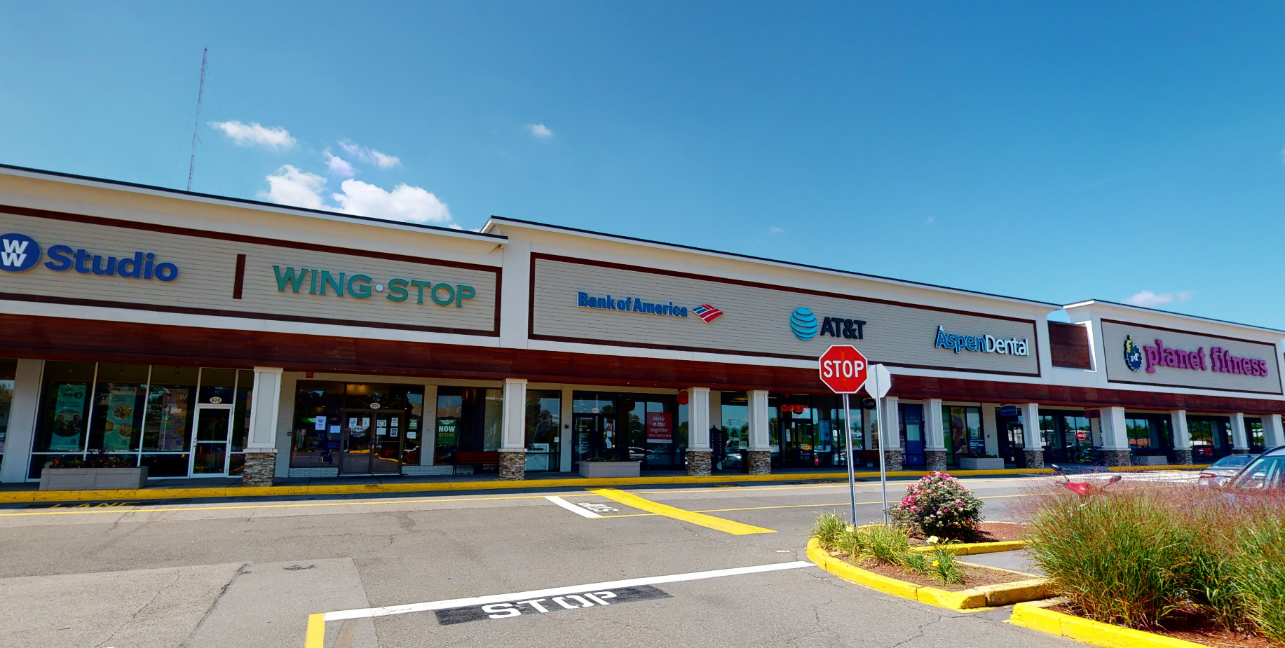 Bank of America financial center with walk-up ATM | 684 Fellsway, Medford, MA 02155