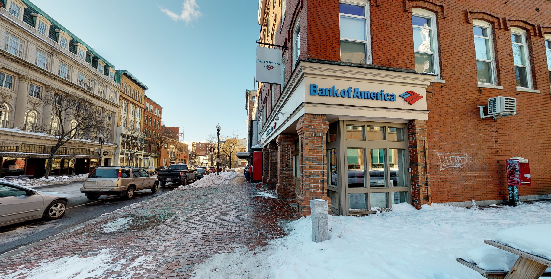 Bank of America financial center with walk-up ATM | 257 Essex St, Lawrence, MA 01840