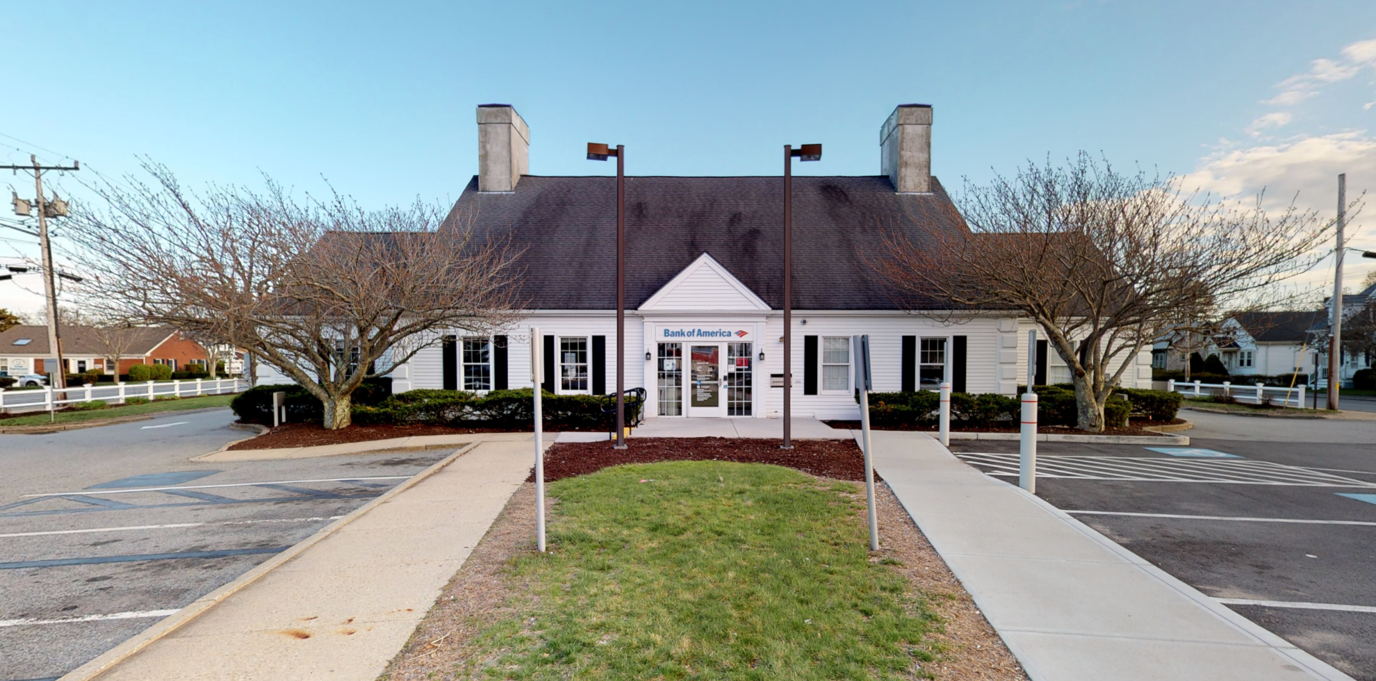 Bank of America financial center with drive-thru ATM and teller | 291 Barnstable Rd, Hyannis, MA 02601