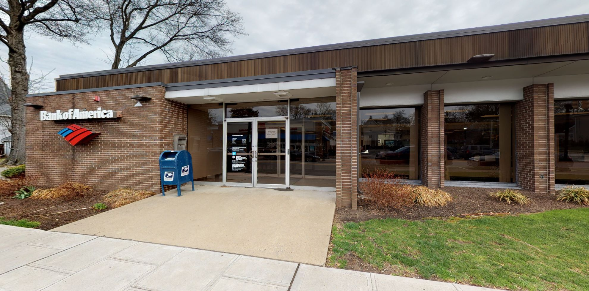 Bank of America financial center with drive-thru ATM   152 Boulevard, Hasbrouck Heights, NJ 07604