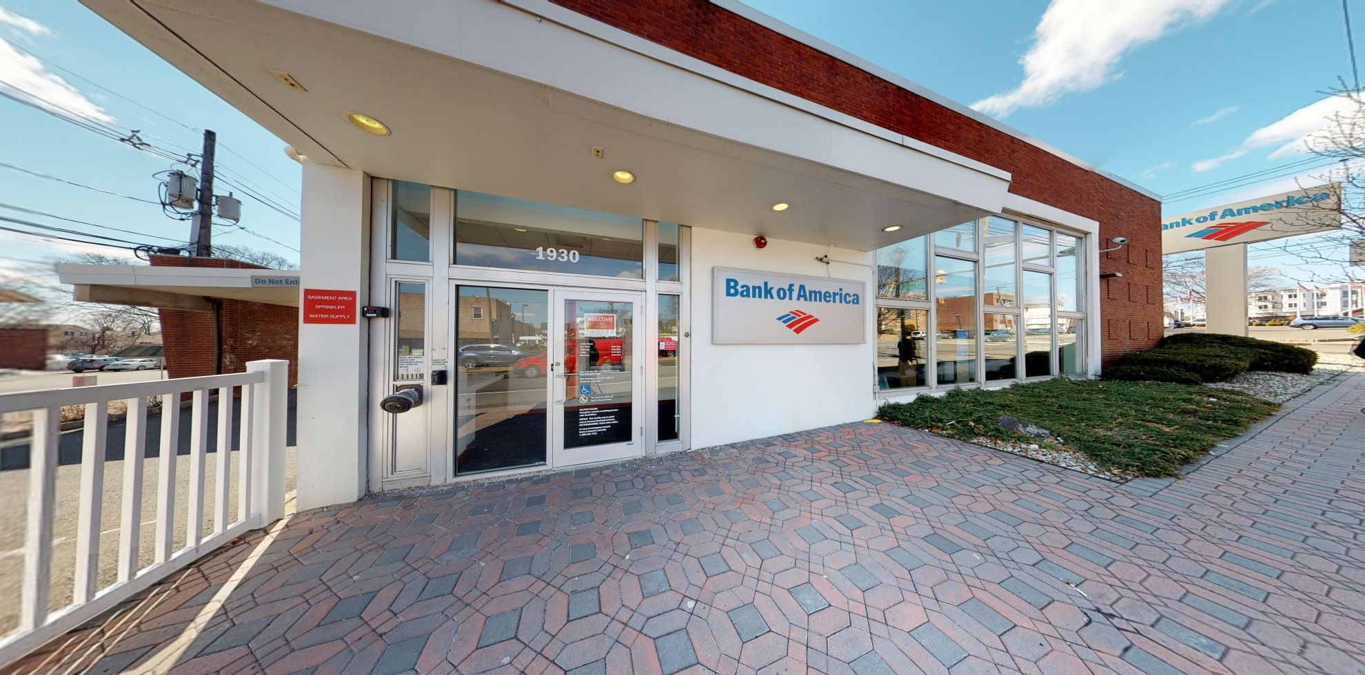Bank of America financial center with drive-thru ATM | 1930 Morris Ave, Union, NJ 07083