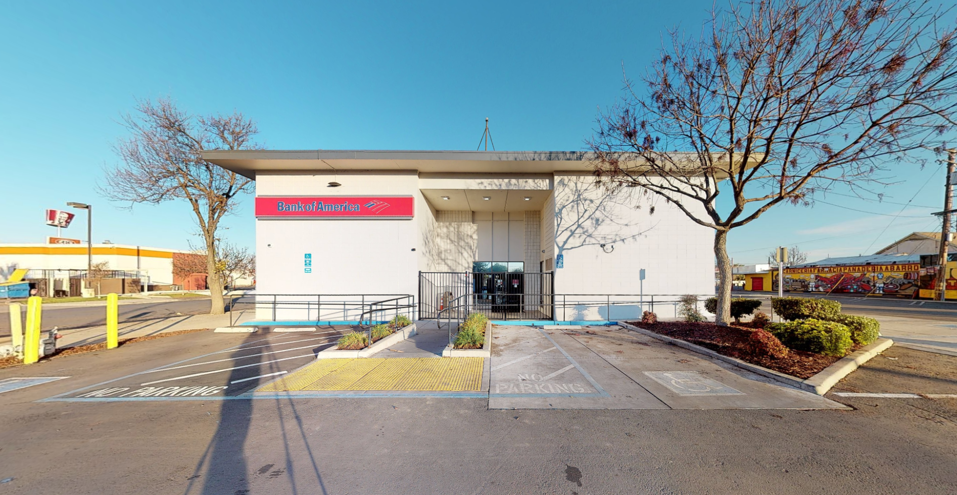 Bank of America financial center with walk-up ATM | 210 E Dr Martin Luther King Jr Blvd, Stockton, CA 95206