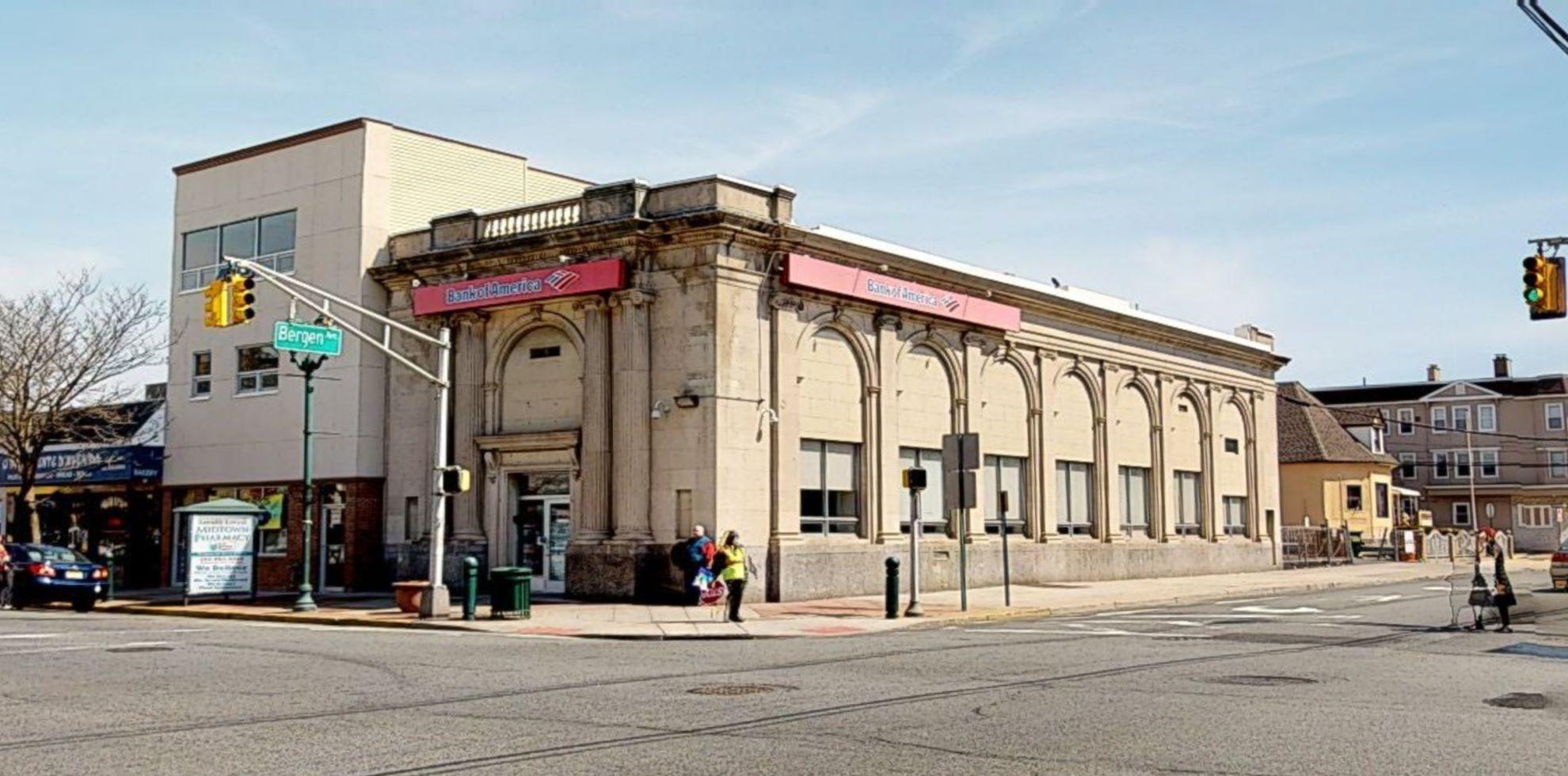 Bank of America financial center with walk-up ATM | 240 Kearny Ave, Kearny, NJ 07032