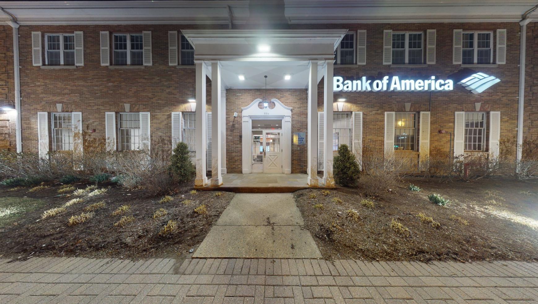 Bank of America financial center with drive-thru ATM   554 S Livingston Ave, Livingston, NJ 07039