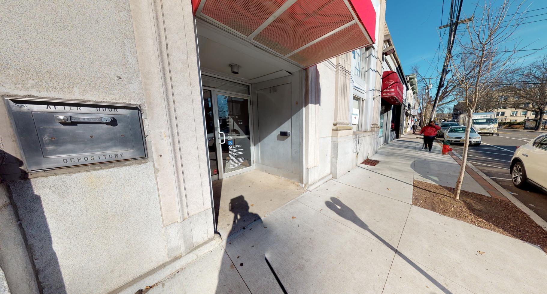 Bank of America financial center with walk-up ATM | 79 Main St, Port Washington, NY 11050