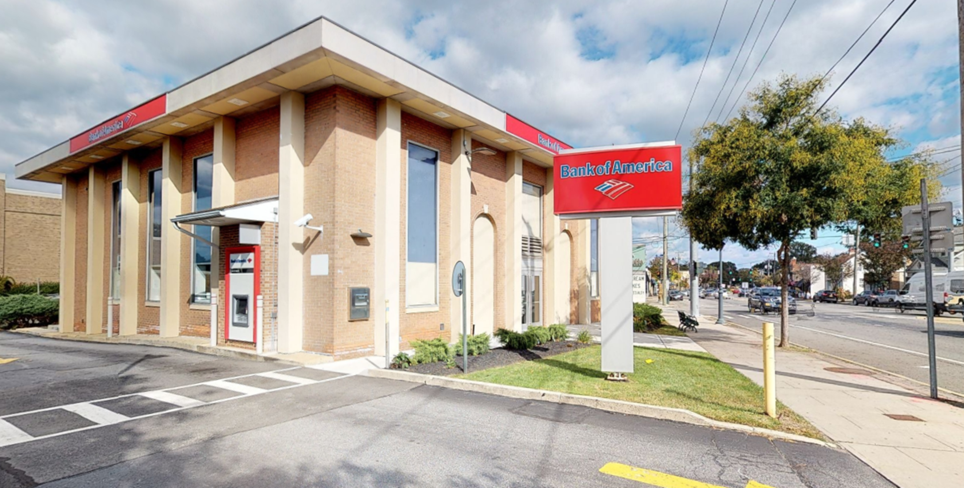 Bank of America financial center with drive-thru ATM | 100 Hillside Ave, Williston Park, NY 11596