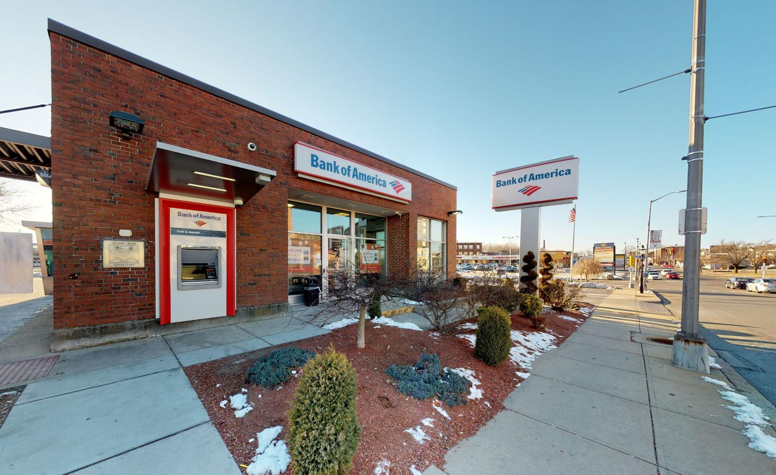 Bank of America financial center with walk-up ATM | 1001 Pleasant St, Fall River, MA 02723