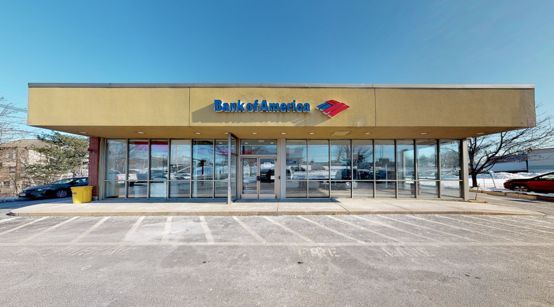 Bank of America financial center with drive-thru ATM   189 Andover St, Peabody, MA 01960
