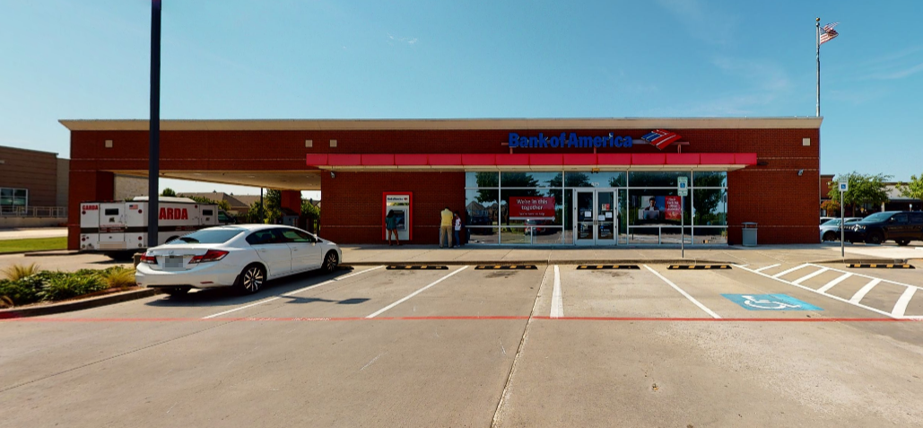 Bank of America financial center with drive-thru ATM   425 Main St, Frisco, TX 75036