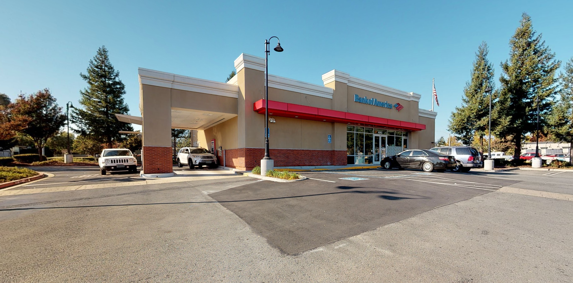 Bank of America financial center with drive-thru ATM | 6261 Lone Tree Way, Brentwood, CA 94513