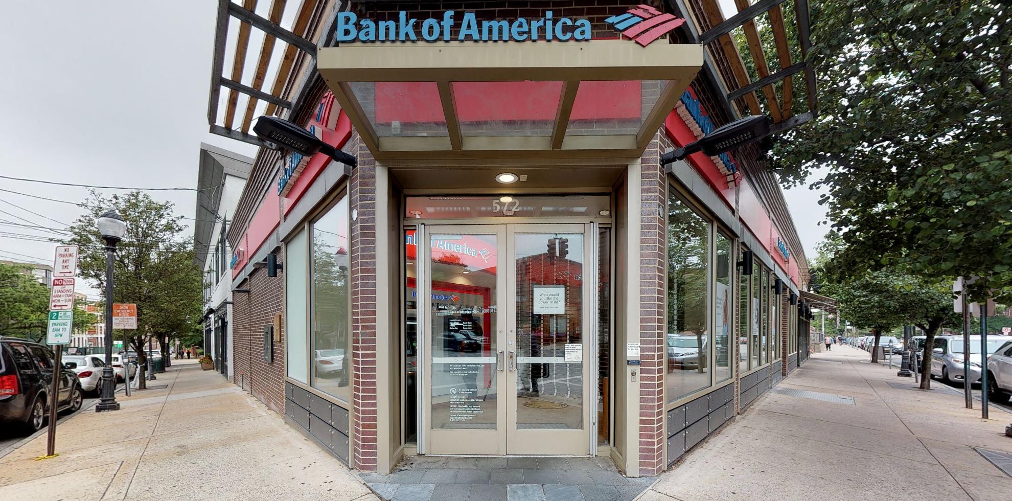 Bank of America financial center with walk-up ATM   572 Gramatan Ave, Mount Vernon, NY 10552