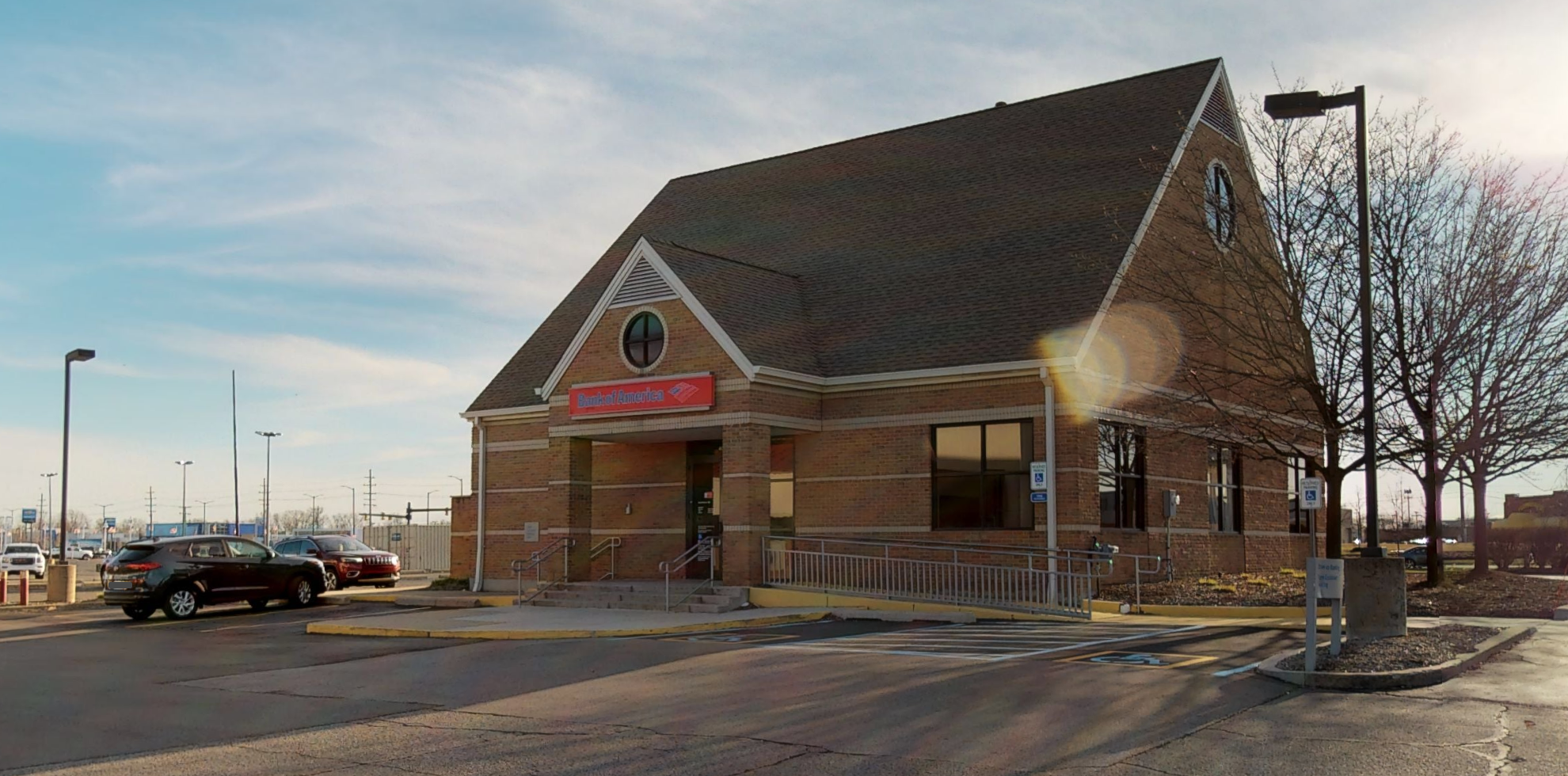Bank of America financial center with drive-thru ATM | 40950 Van Dyke Ave, Sterling Heights, MI 48313
